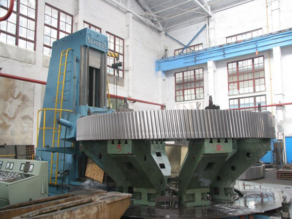 5000mm CNC gear hobbing machine