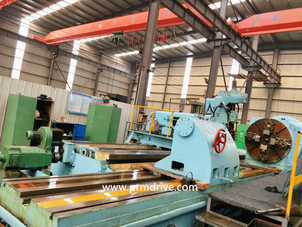 Russia 3TC Horizontal large module gear Hobbing machine